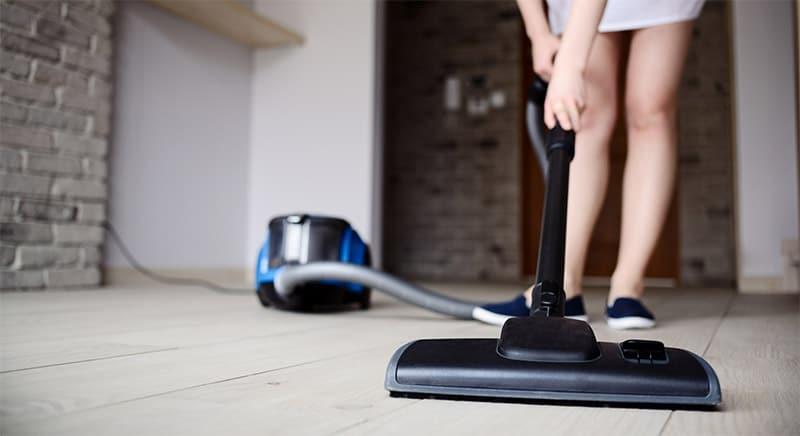 blog-home-vacuuming