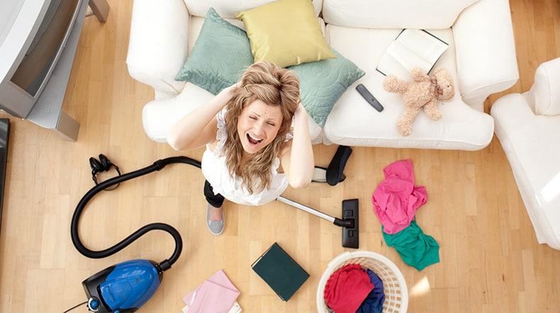 image-woman-vacuum-mess